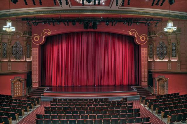 Как купить билеты в театр со скидками технический музей в тольятти цена билета